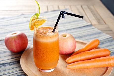 Морквяно-яблучний фреш